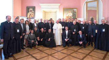 Papa Francesco in un incontro privato con i gesuiti polacchi dopo la GMG: oggi la Chiesa ha bisogno di crescere nel discernimento